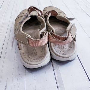 Easy Spirit Shoes - SPLASH NUBUCK FLAT HIKING SANDALS